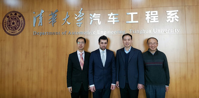 Von links: Zhongling Wang (enfas GmbH), Falk Lange (enfas GmbH), Prof. Tian (Tsinghua Universität in Peking), Dr. Zhang (Automotive Institut der Tsinghua Universität in Suzhou)
